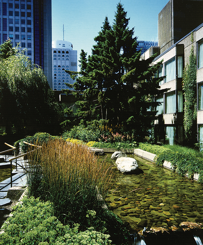 Le toit terrasse de l h tel hilton centre ville de montr al lise beauregard architecture de - Terrasse jardin botanique montreal poitiers ...